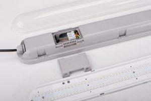 led tri proof light easy installation